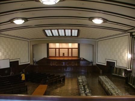 東条英機、広田弘毅以下のA級戦犯が裁かれた極東国際軍事裁判、その大講堂... 淀橋浄水場、四ツ谷